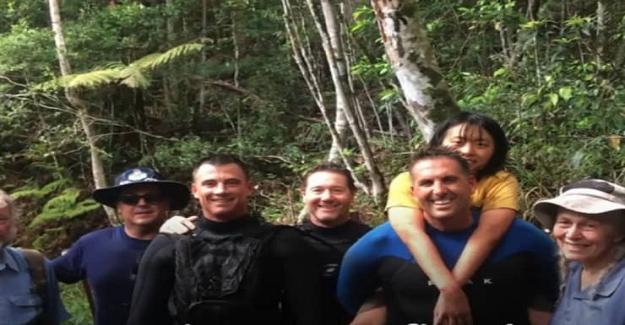 Ormanda Kaybolan Öğrenciler Ağaç Kovuklarına Sığınıp Dereden Su İçerek Hayatta Kalmışlar