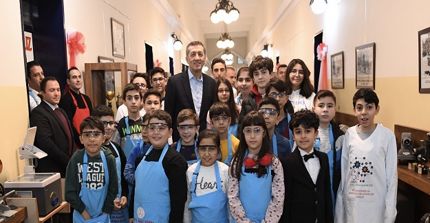 Ziya Öğretmen Aydın'da öğrenciler ve öğretmenlerle buluştu