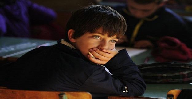 Çocuklar okulda yaşa değil becerilerine göre eğitilmelidir