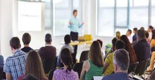 EBA ders videoları, tekdüze ders anlatan öğretmenlerin öğretmenliğinin sorgulamasını sağladı