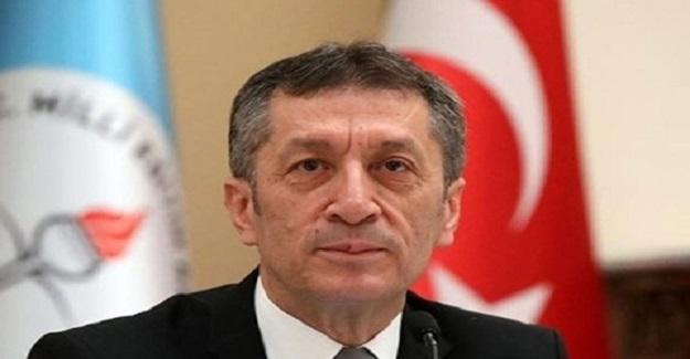 Milli Eğitim Bakanı Ziya Selçuk Öğretmenlere Ve Müdürlere Yeni Görevler Verdi
