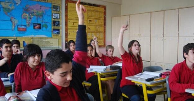 Milli Eğitim Bakanlığı Tüm Öğrenci Nakil Ve Geçiş İşlemlerini Bir Süreliğine Durdurdu