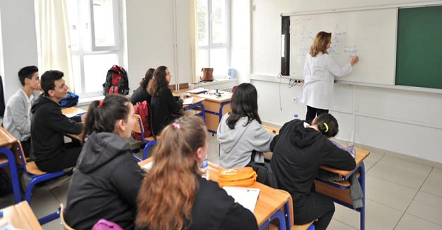 Öğretmenler Ek Ders Ücretlerinden Yararlanacak