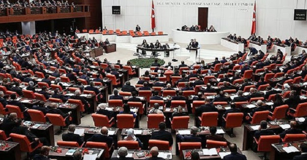 Son Dakika: Öğretmenlerin Tatillerine Dair Yeni Kanun Teklifi Verildi.