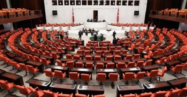 Yazın Telafi Eğitimi Kanun Teklifi Komisyonda Kabul Edildi.