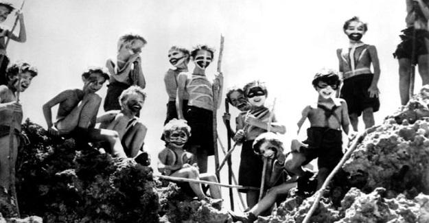 15 Ay Boyunca Bir Adada Mahsur Kalan Altı Çocuğun Hikayesi