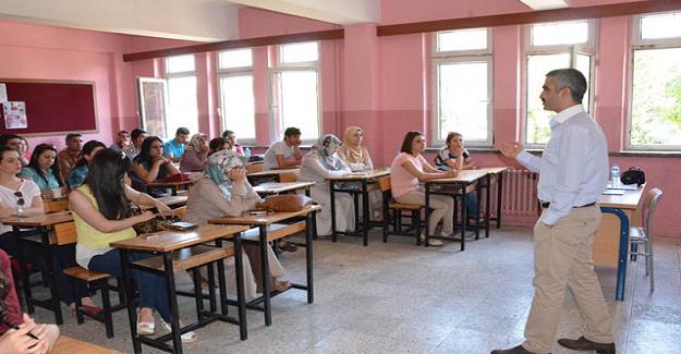 22 Haziran Pazartesi Günü Yeni Atanan 20 Bin Öğretmen Eğitim Camiasına Katılıyor