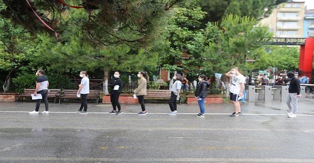 Corona Testi Pozitif Çıkan Öğrenci Fenalaştı, Sınava Girenler Karantinaya Alındı