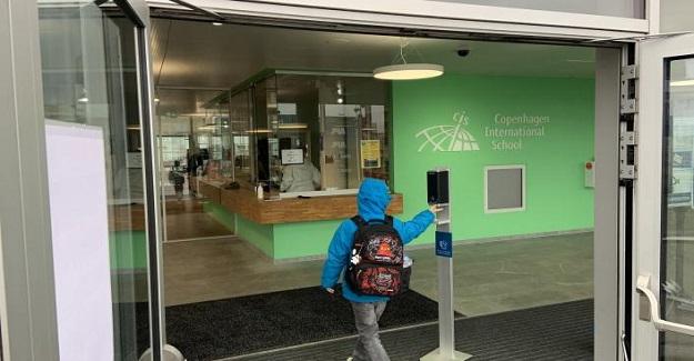 Okullar Tekrar Açıldıktan Sonra Sosyal Mesafeyi Korumanın 10 Yolu