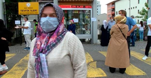 YKS'ye Giren 4 Çocuk Annesi 2 Torun Sahibi Naciye Dinç'in Hedefi Hacettepe Tıp