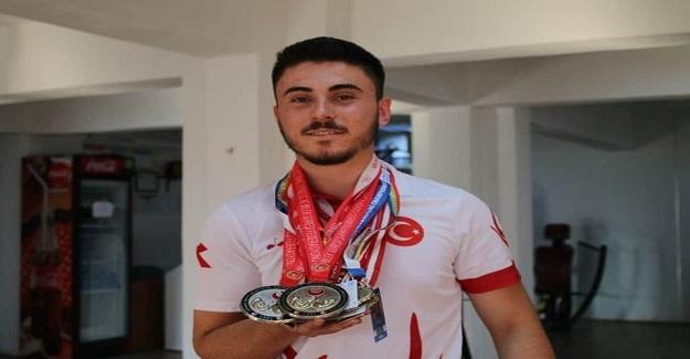 Bir Başarı Hikayesi : Annesinin 80 Lira Verdiği Pazar Parasıyla Spor Salonuna Yazılan Genç Dünya 4. sü oldu