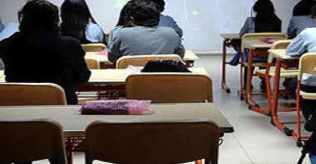 Halen Gidecek Lise Bulamayan Yüz Binlerce Öğrenci Var