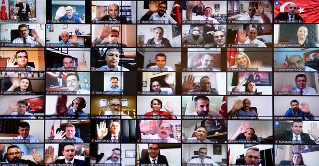 Bakan Ziya Selçuk, 1. Sınıf Öğretmenleri ve Okul Müdürleriyle Görüştü