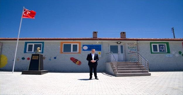 Milli Eğitim Bakanı Ziya Selçuk'tan Köy Okulları Açıklaması