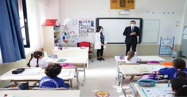 Öğretmen ve öğrenci arasındaki ilişki, işbirliğidir