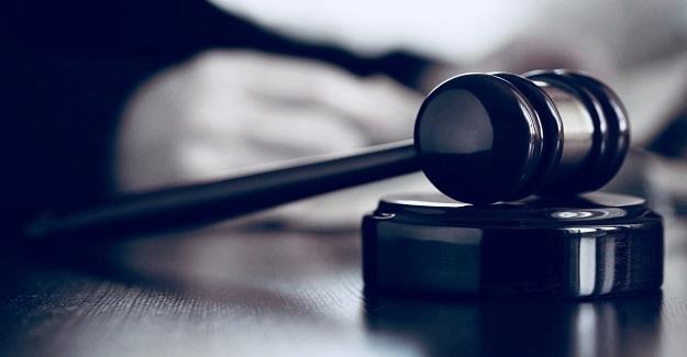 Sözleşmeli Öğretmenin Yer Değiştirme Talebine Mahkemeden Yürütmeyi Durdurma Kararı