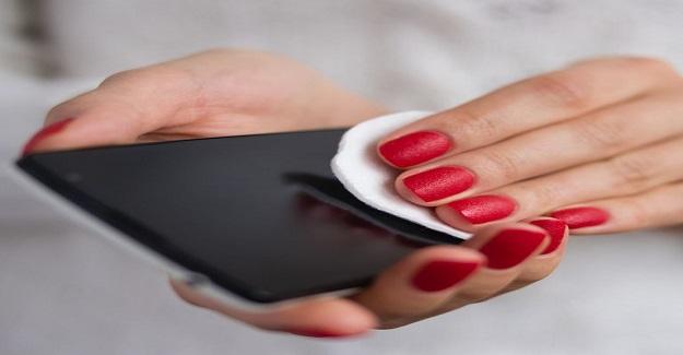 Cep Telefonunuzu Doğru Şekilde Nasıl Temizlemelisiniz?
