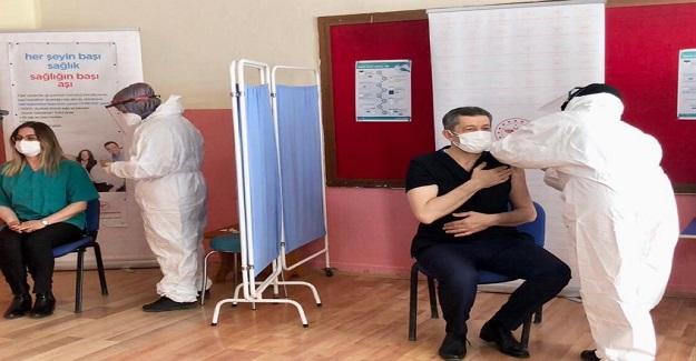 Milli Eğitim Bakanı Ziya Selçuk'tan Korona Aşısı Açıklaması