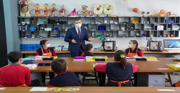 Bakan Ziya Selçuk'tan Hibrit Eğitim Modeli