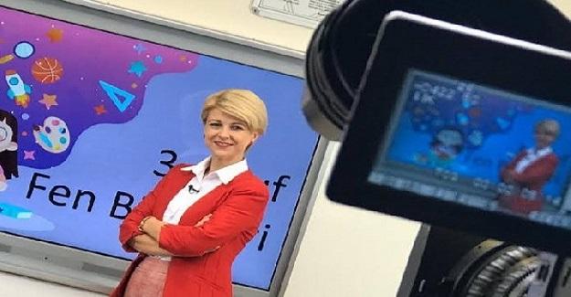 EBA TV Öğretmenleri Meşhur Oldu