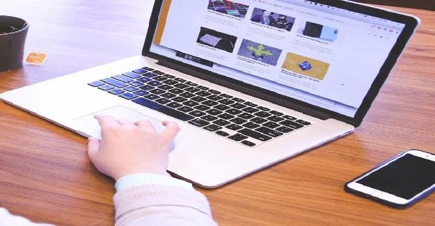 Salgın Bitse Dahi, Derslerin Yüzde 20'si Uzaktan Online Olarak Devam Edecek