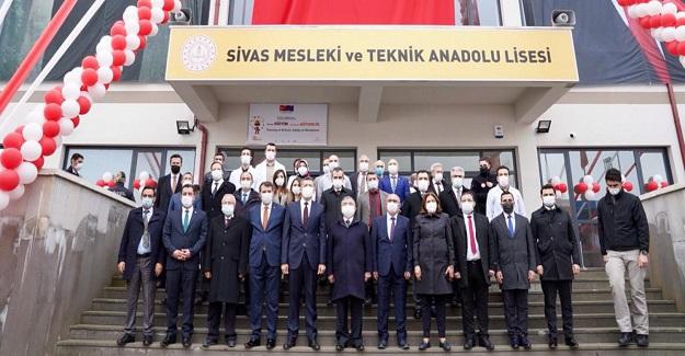 Mesleki Liseler Türk Eğitim Sisteminin Can Damarıdır