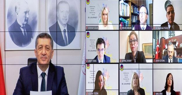 Türkiye Salgın Döneminde Uzaktan Eğitimi Başarılı Şekilde Yürüttü