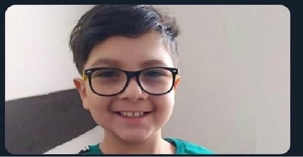 8 Yaşındaki Eymen , Öğretmen Gözetiminde Yapılan Yapılan Yarışmada Dünya Şampiyonu Oldu