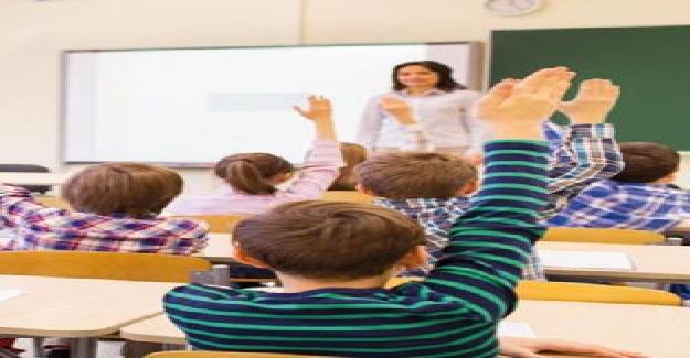 """""""Fedakarlık"""" neden hep öğretmenlerden bekleniyor?"""