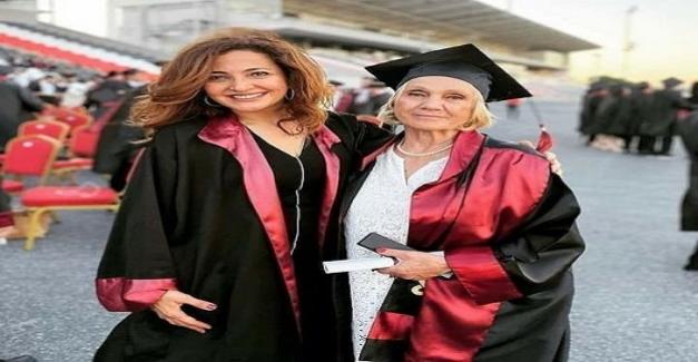 74 Yaşındaki Nimet Süner, Cerrahpaşa Tıp Fakültesinden Mezun Oldu