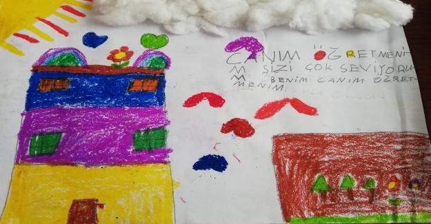 Öğretmen İlk Derste Bugün Resim Çizeceğiz Dedi