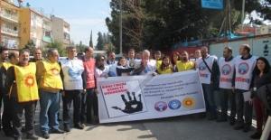 Öğretmenin Bıçaklanması Protesto Edildi