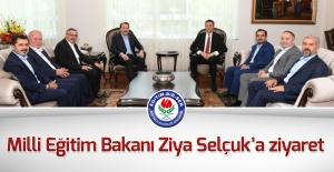 Eğitim Bir Sen Heyeti, Milli Eğitim Bakanı Ziya Selçuk'u Ziyaret Etti