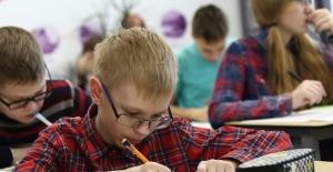 Eğitim süresi uzadıkça, miyop olma ihtimali artıyor