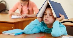 Okullar açıldı, velilerin özellikle de 1. sınıfa çocuğu yeni başlayan benim gibilerin ödev sorumluluğu(!) başladı.