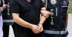 14 Öğretmen Gözaltına Alındı