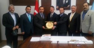 İstanbul İl Milli Eğitim Müdürü Sn Levent Yazıcı´ya Yılın Eğitim Bürokratı Ödülü Verildi