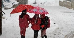 Üç İlimizde Eğitime Kar Engeli