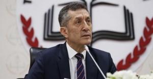 Milli Eğitim Bakanı Ziya Selçuk: Çocuklar Çocuk Gibi Davranmıyor