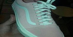 Bu Ayakkabı Hangi Renk? Cevabınız Beyninizin Hangi Tarafının Daha Yatkın Olduğunu Ortaya Çıkarıyor