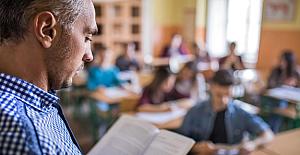 Ortaokul Öğrencilerine Yüksek Sesle Okuma