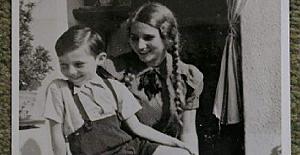 1935 yılında, Yahudi çocukları aşağılamak üzere faşistler tarafından çekilen bir fotoğraf