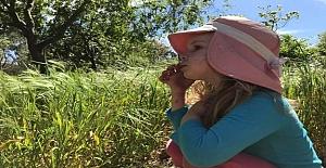 Çocuğuna Duygularını Anlamayı Öğreten Bir Anne