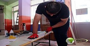 İlkokul Müdürü Mustafa Karataş, Öğrencileri için yaz tatili boyunca işçi gibi çalıştı