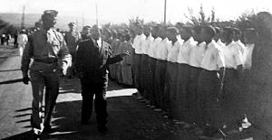 1947 YILINDA ABD GENERALİNİN HASANOĞLAN KÖY ENSTİTÜSÜNDE SİZCE NE İŞİ OLABİLİR ??