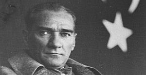 Mustafa Kemal Atatürk bir hafta on gün kadar kaldığı Pera Palas Oteli'nde, o kısa sürede çok yoğundu.