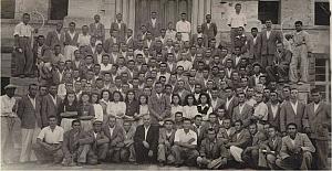 Köy Enstitüleri, ilkokul öğretmeni yetiştirmek üzere 17 Nisan 1940 tarihinde açılmış okullardır.