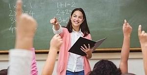 """Eğitimcilere yönelik """"Şiddeti Önleme Kanunu"""" çıkarılmalı, eğitim çalışanlarının güvenlik içinde çalışması yasal koruma altına alınmalıdır."""
