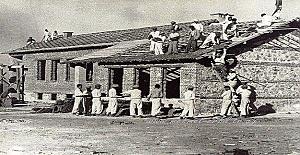Köy Enstitüleri, ilkokul öğretmeni yetiştirmek üzere 17 Nisan 1940 tarihli ve 3803 sayılı yasa ile açılmış okullardır.