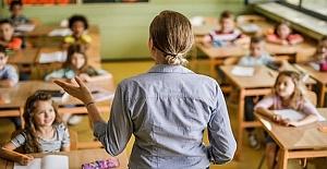 Bakan Ziya Selçuk Açıkladı: Yaz Tatilinde İngilizce Dersleri Devam Edecek